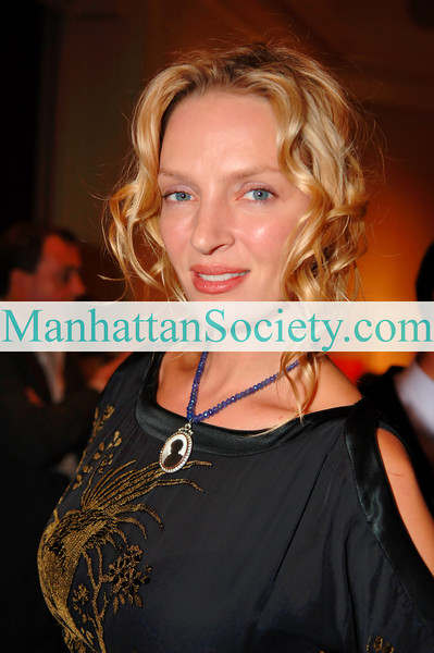 """Dominique Browning & Uma Thurman Co-Host book party for artist Marielle Bancou's """"The Color of Love"""""""